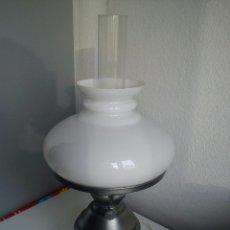 Joyeria: ANTIGUA LAMPARA DOS ANOS 60 HECHA DE ESTANO GLOBO OPAL Y VIDRO CRISTAL ESTA FONCIONADO. Lote 53332930