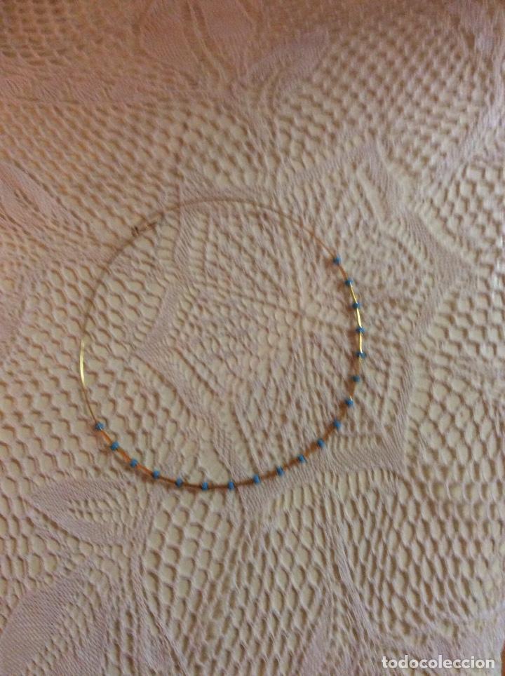 Joyeria: Juego de gargantilla y pulsera de metal dorado con cuentas azules - Foto 2 - 65865614