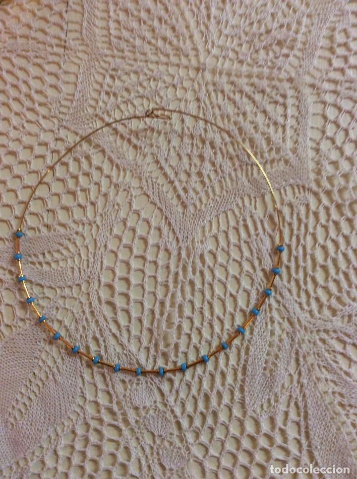 Joyeria: Juego de gargantilla y pulsera de metal dorado con cuentas azules - Foto 4 - 65865614