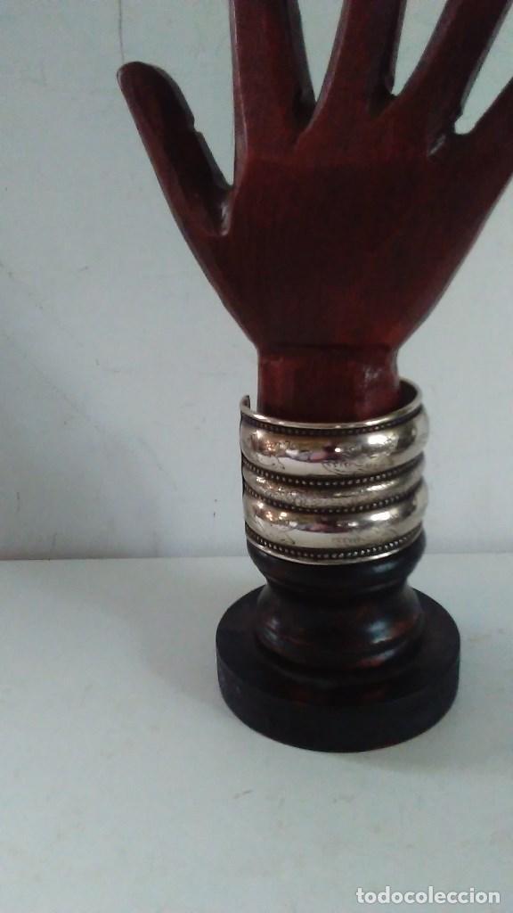 Joyeria: Pulsera brazalete de metal plateado - Foto 5 - 84817244