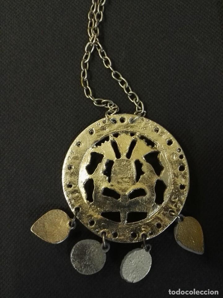 Joyeria: Collar colgante de metal y piedras azules. - Foto 4 - 91208560