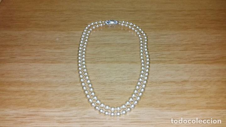3a6d94a7d8c5 Collar de doble vuelta de perlas tipo majórica - Vendido en Subasta ...