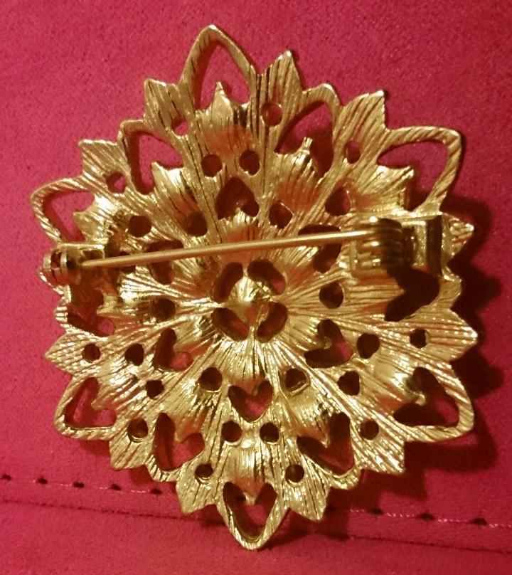 Joyeria: Broche dorado vintage - Foto 2 - 107799771