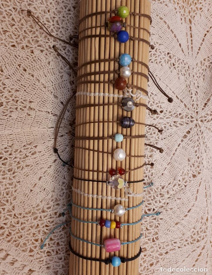 a9fed01b6206 Lote 16 pulseras artesanales cordón encerado y piedra central