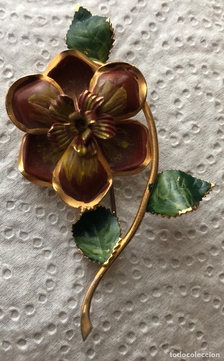 Joyeria: Bonito broche de metal dorado en forma de flor - Foto 2 - 122215171