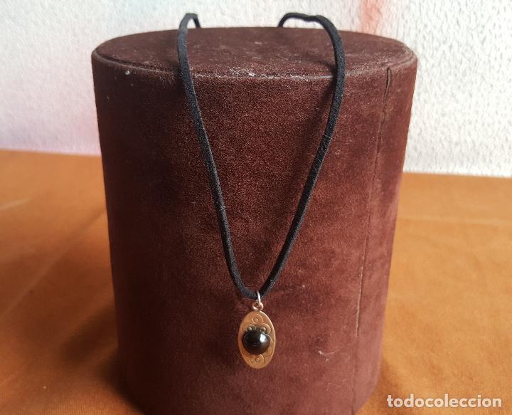 Joyeria: Colgante en plata de ley y azabache. Silver pendant. - Foto 2 - 129084387