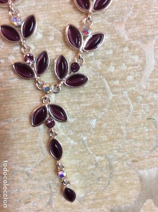 Joyeria: Collar gargantilla de metal plateado con hojas color amatista - Foto 7 - 137590638