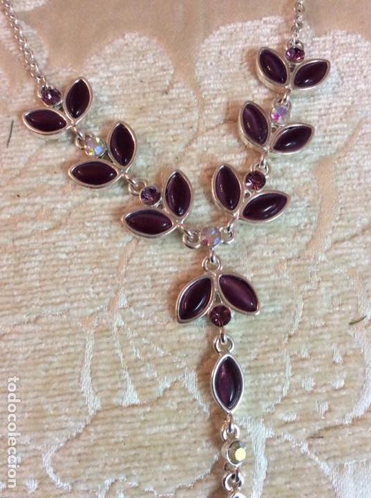 Joyeria: Collar gargantilla de metal plateado con hojas color amatista - Foto 8 - 137590638