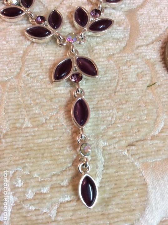 Joyeria: Collar gargantilla de metal plateado con hojas color amatista - Foto 2 - 137590638
