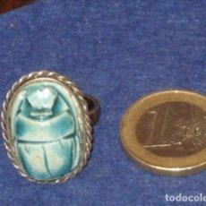 Joyeria: ANILLO DE PLATA CON ESCARABAJO EGIPCIO.. Lote 142367458