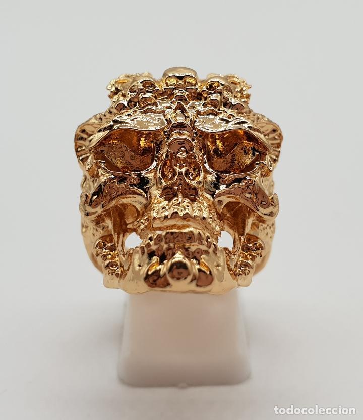 Joyeria: Espectacular anillo de estilo punk gotico, calavera con dragones laminado en oro de ley . - Foto 3 - 170748037