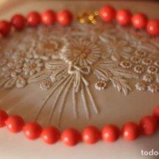Joyeria: COLLAR GARGANTILLA COLOR CORAL EN OPALINA ROSA. Lote 179111087