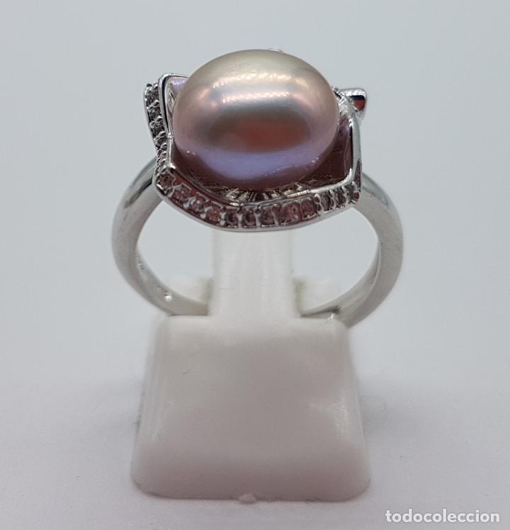 Joyeria: Elegante sortija con acabado en plata de ley 925, perla cultivada color malva y circonitas . - Foto 3 - 160186530