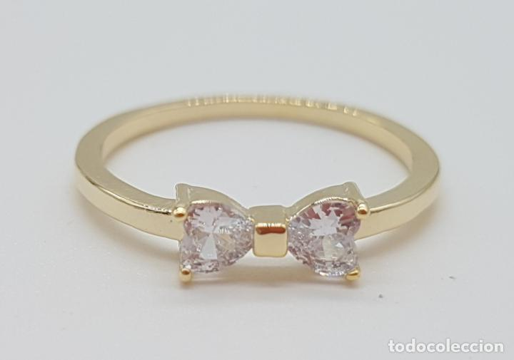 Joyeria: Elegante sortija tipo pedida de mano, con acabado en oro de 14k, y dos circonitas talla corazón . - Foto 5 - 160250898