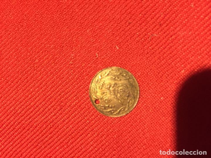 Joyeria: Antiguo colgante / medalla de latón con letras Arabes - Foto 3 - 161502714