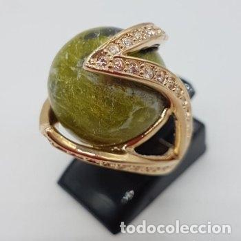 Joyeria: Bonito anillo con gran bola de piedra y baño de oro amarillo. 16 mm de diametro interno. - Foto 6 - 168687728
