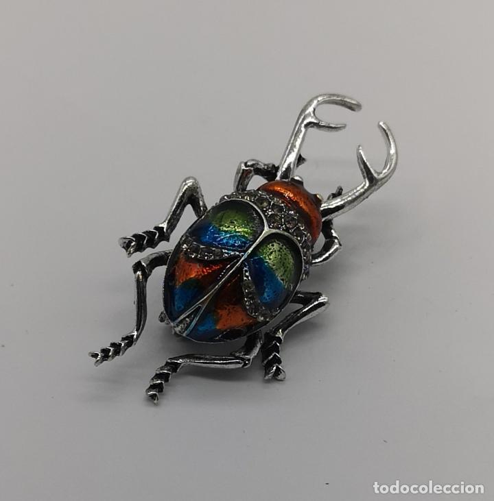 Joyeria: Magnífico broche de escarabajo ciervo con acabado en plata, esmaltes al fuego y circonitas . - Foto 2 - 170863958