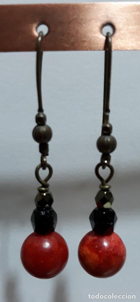 Joyeria: Pendientes de onix negro, perlas de río y polvo prensado de coral - Foto 5 - 171023035