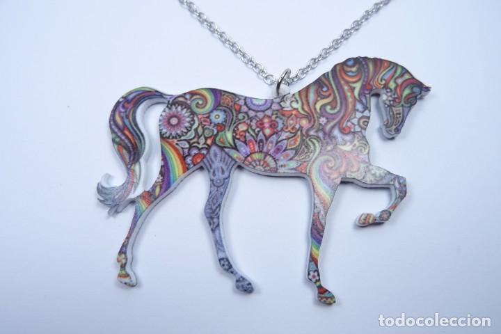 Joyeria: Colgante en forma de caballo de mil colores y cadena de plata - Foto 2 - 171173504