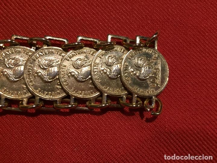 Joyeria: Antiguo pulsera de bisutería imitando monedas de oro años 50-60 - Foto 4 - 177520397