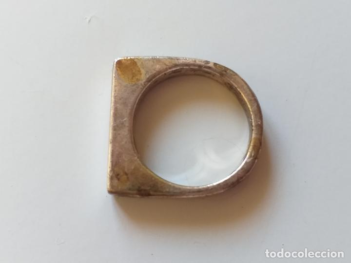 Joyeria: Bonito anillo o sortija. Plateado. Forma rectangular. - Foto 4 - 193724791