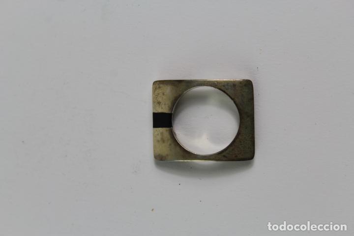 Joyeria: JOY-1135. ANILLO DE PLATA Y PIEDRA DE ONIX. S.XX. - Foto 2 - 194290545
