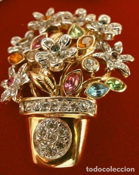 Joyeria: CONJUNTO BROCHE Y PENDIENTES CON PEDRERIA VINTAGE (AÑOS 70-80) Cristales BISUTERIA fantasia - Foto 4 - 195325155
