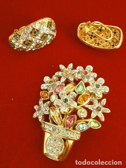 Joyeria: CONJUNTO BROCHE Y PENDIENTES CON PEDRERIA VINTAGE (AÑOS 70-80) Cristales BISUTERIA fantasia - Foto 6 - 195325155