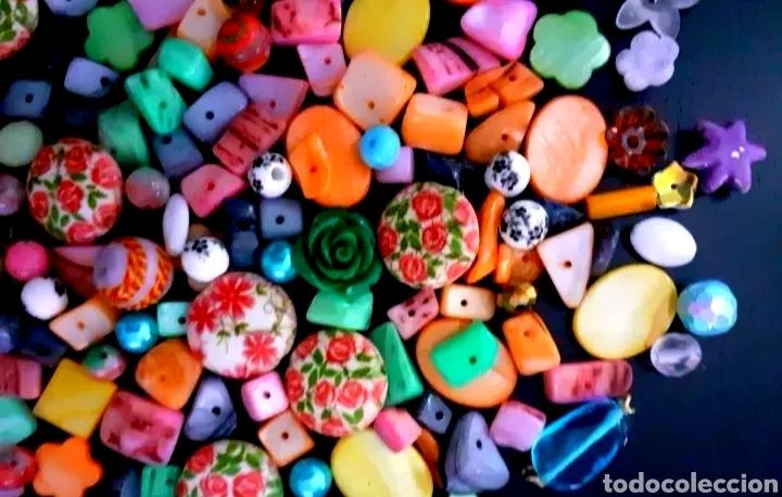 Joyeria: Super lote de cuentas, abalorios de bisutería vintage con flores, nácar y colgante de flor Azul - Foto 2 - 195516822