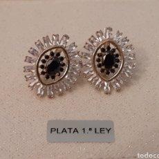Joyeria: PENDIENTES DE PLATA ONIX Y TOPACIOS. Lote 196775046