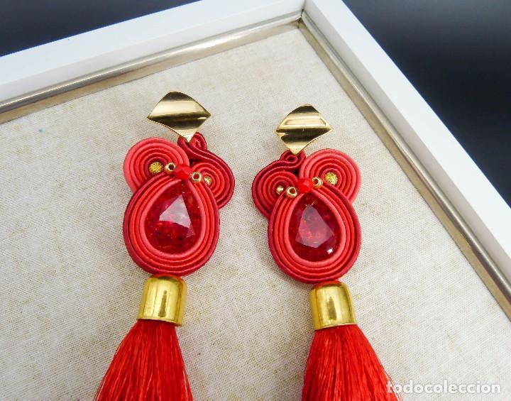 Joyeria: Pendientes flamencos en rojo y dorado cosidos a mano con soutache y un gran fleco rojo hechos a mano - Foto 2 - 199476085