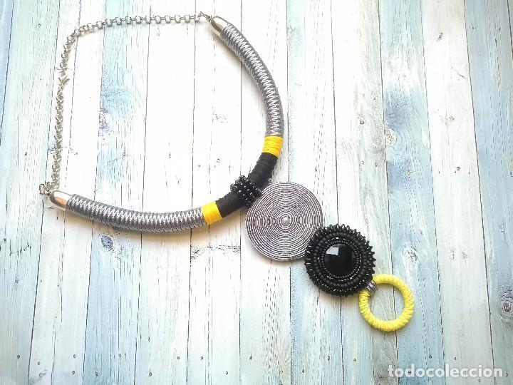 Joyeria: Collar 2 en 1 cosido a mano con pedrería y soutache en amarillo, negro y plateado hecho a mano - Foto 3 - 200328643