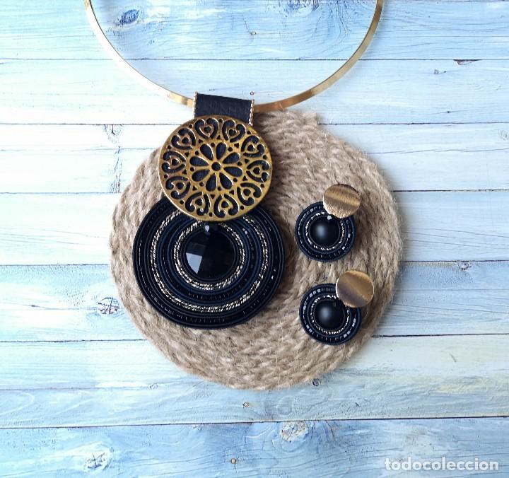 Joyeria: Conjunto de colgante y pendientes de estilo vintage en negro y dorado hecho a mano - Foto 4 - 200334278