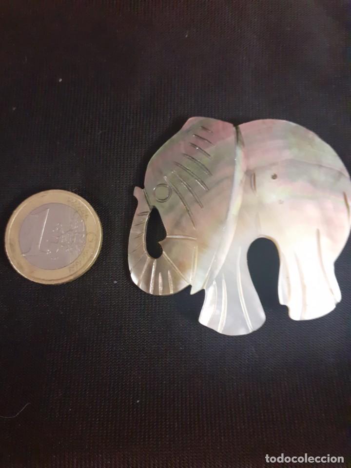 Joyeria: colgante de elefante en concha o madreperla - Foto 3 - 202995068
