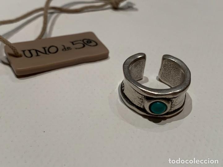 Joyeria: Sortija anillo de la marca Uno de cincuenta, firmado UNOde50, con abalorio azul verde turquesa - Foto 3 - 206898018