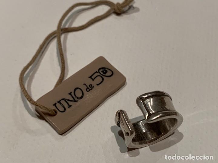 Joyeria: Sortija anillo de la marca Uno de cincuenta, firmado UNOde50, con abalorio azul verde turquesa - Foto 4 - 206898018