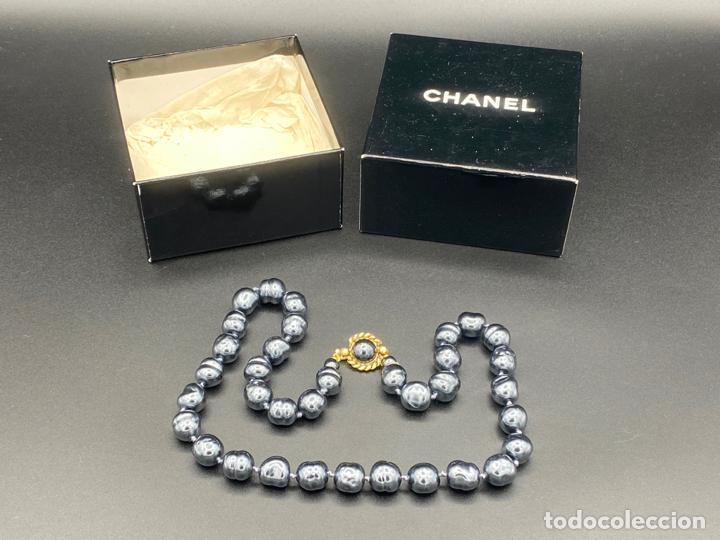 Joyeria: chanel necklace 1981 glass pearls in box , collar de chanel con perlas de cristal barrocas en caja - Foto 6 - 222455597
