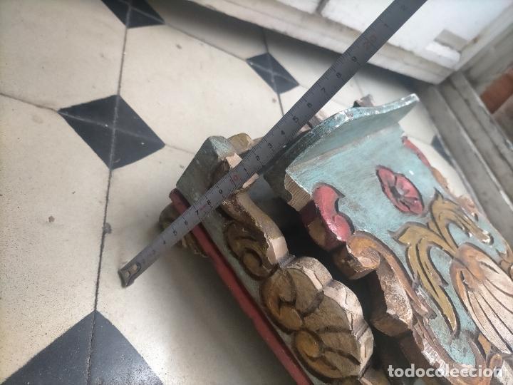 Joyeria: ANTIGUO ATRIL DE MADERA TALLADA Y POLICROMADA IDEAL COLOCAR LIBRO O UTILIZAR DE PEANA VIRGEN VER FOT - Foto 14 - 254400110