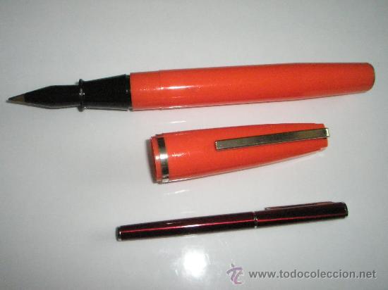 Bolígrafos antiguos: ENORME BOLÍGRAFO DE PLÁSTICO COLOR NARANJA-24 cms-ITALY-CURIOSO. - Foto 3 - 26637087