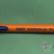 Bolígrafos antiguos: BOLÍGRAFO BIC NARANJA PUNTA FINA. NO ESCRIBE. Lote 29101312
