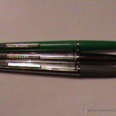 Bolígrafos antiguos: JUEGO DE 3 BOLÍGRAFOS REYNOLDS, AÑOS 70. Lote 41174679