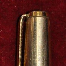 Bolígrafos antiguos: BOLÍGRAFO PARKER NEGRO Y ORO DE LOS AÑOS 50. Lote 45356510