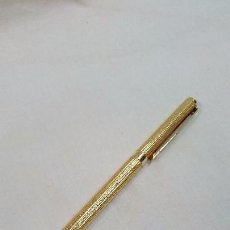 Bolígrafos antiguos: BOLÍGRAFO IMITACION DUPONT DE ORO. Lote 63282436