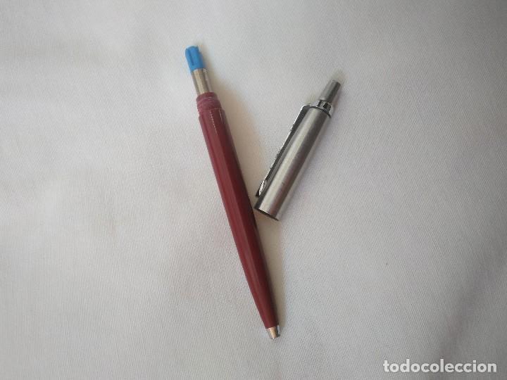 Bolígrafos antiguos: BOLÍGRAFO PARKER. MADE IN ENGLAND. GRANATE Y PLATEADO. - Foto 3 - 86468568