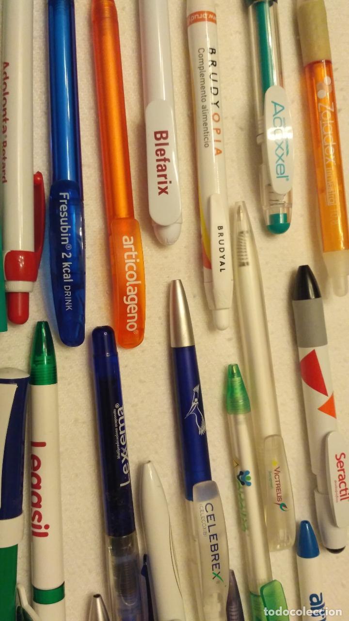 Bolígrafos antiguos: Lote de 94 bolígrafos de medicamentos - Foto 2 - 170856987