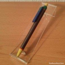 Bolígrafos antiguos: BOLÍGRAFO MUELLE CLIP AZUL. MADE IN ITALY. NUEVO.. Lote 112263259
