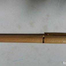 Bolígrafos antiguos: BOLIGRAFO DE MADERA. Lote 114689615