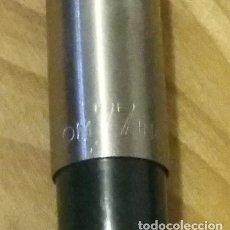 Bolígrafos antiguos: INOXCROM. BOLIGRAFO MODELO 77 GRUESO EN VERDE, AÑOS 70. SIN USO. Lote 118795739