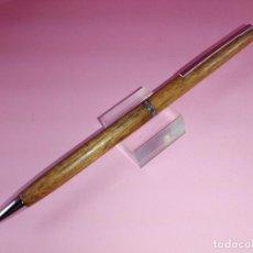 Bolígrafos antiguos: *7553-BOLÍGRAFO-HALLMARK-USA-MADERA+ACERO-EXCELENTE ESTADO-VER FOTS. Lote 119303403