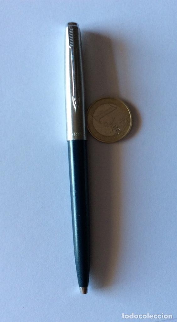 Bolígrafos antiguos: TRES BOLÍGRAFO PARKER MADE IN USA. NEGRO, GRIS Y AZUL OSCURO. - Foto 4 - 121713231